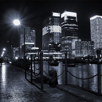 Buy canvas prints of Canary Wharf Black & White by Jonathan Pankhurst