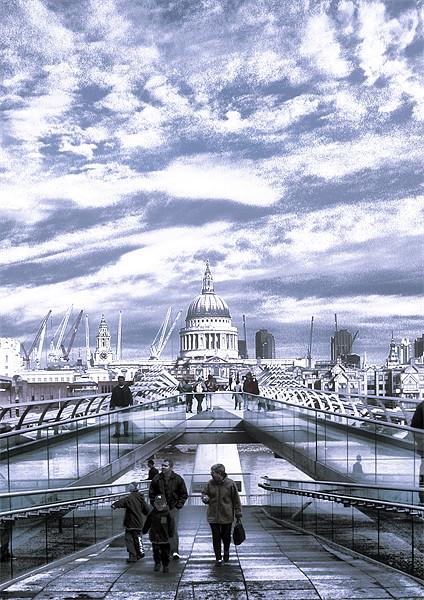 St Pauls Cathedral Canvas print by Jon Pankhurst
