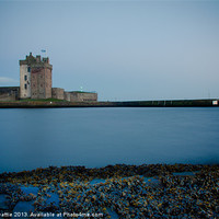 Buy canvas prints of Broughty Castle by craig beattie