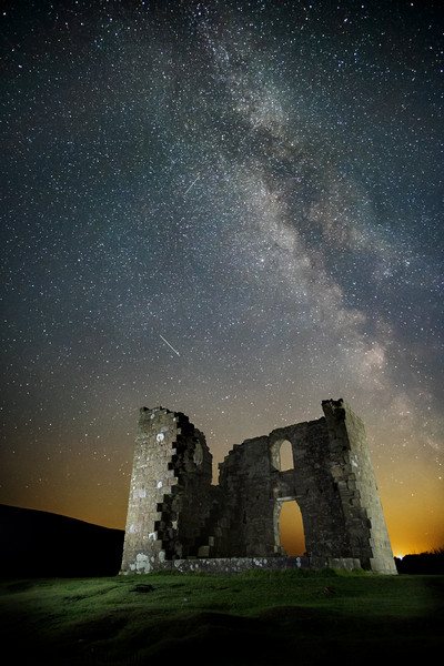 Skelton Tower Milky Way Canvas print by Martin Williams