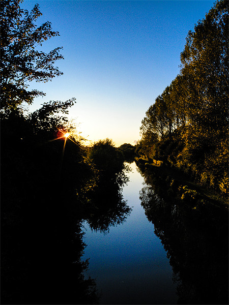 Kennet and Avon Canal Sunset Canvas print by Mark Llewellyn