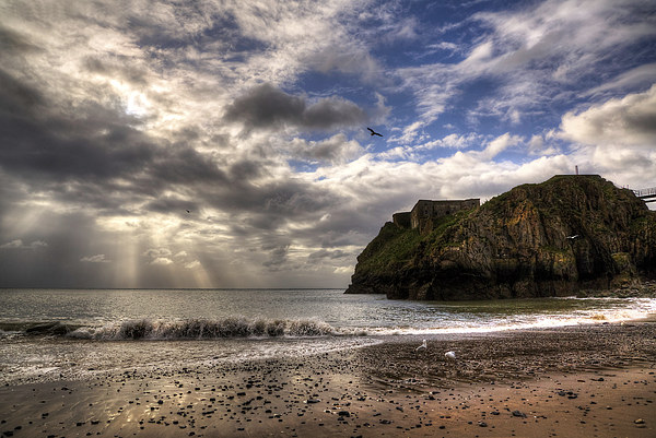 St. Catherines Island, Tenby Canvas print by Simon West
