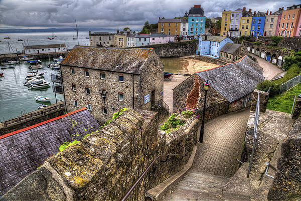 Down to Tenby Harbour Canvas print by Simon West