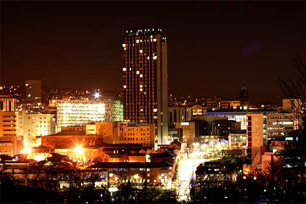 Sheffield City by Night Canvas print by carl wood