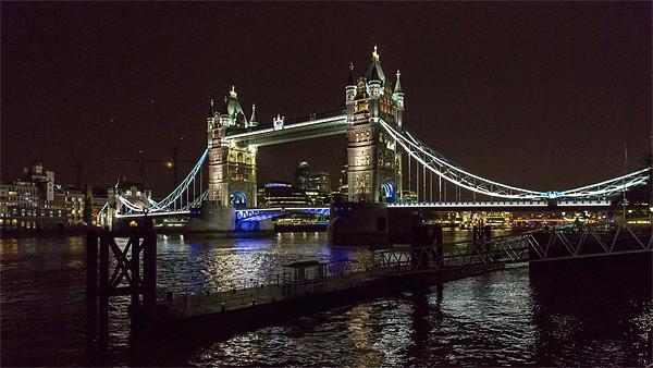 Tower Bridge, London Canvas print by Nick Hillman