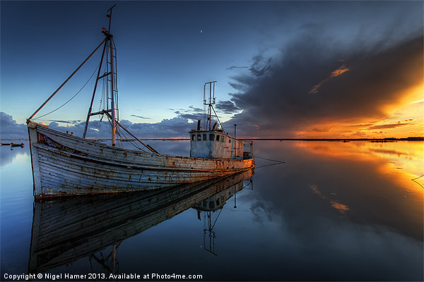 The Guiding Light Canvas print by Nigel Hamer