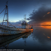 Buy canvas prints of The Guiding Light by Nigel Hamer