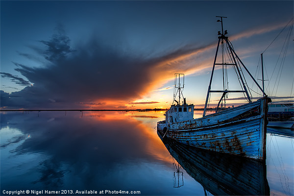 Guided By The Light Canvas Print by Nigel Hamer
