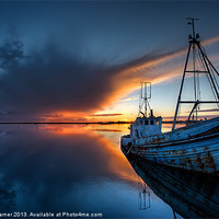 Buy canvas prints of Guided By The Light by Nigel Hamer