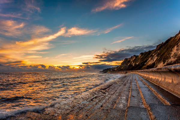 Bonchurch Seawall Sunset Canvas print by Wight Landscapes