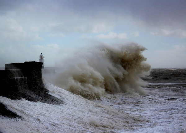Porthcawl storm  Framed Mounted Print by HELEN PARKER