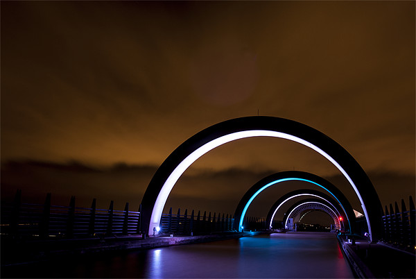 The Falkirk Wheel arches Canvas Print by Ian Potter