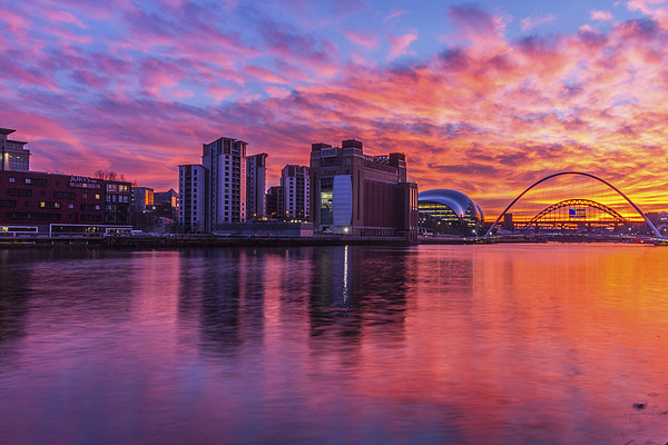 Awsome fiery sunset over Necastle Upon Tyne Canvas print by Tom Hibberd