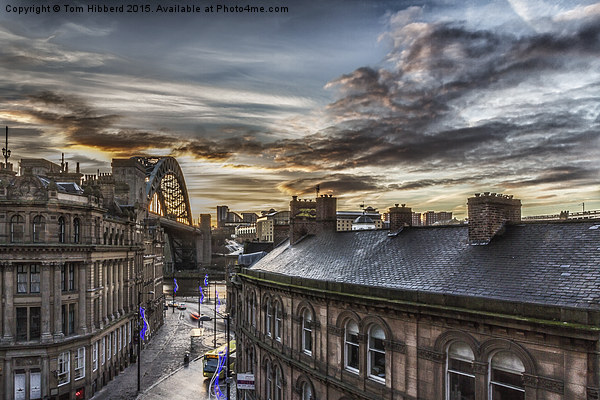 Sunrise at the Quayside, Newcastle Upon Tyne Canvas print by Tom Hibberd