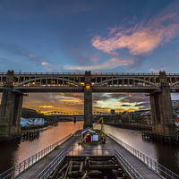 Buy canvas prints of  High Level Bridge, Newcastle Upon Tyne by Tom Hibberd