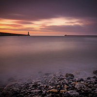 Buy canvas prints of  Sunrise at Tynemouth Bay by Tom Hibberd