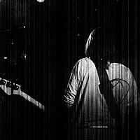 Buy canvas prints of Guitar 3 by Alan Harman