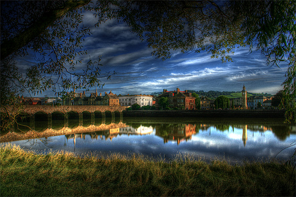 Barnstaple, North Devon Canvas print by vicky lewis