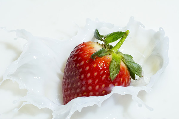 Strawberries and Cream Canvas Print by Gary Kenyon