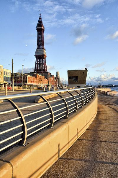 Golden Light On Blackpool Promenade Canvas print by Gary Kenyon