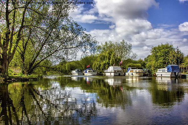 Stunning river view Canvas print by Thanet Photos