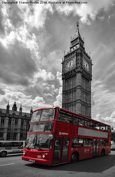 London in Mono with Red bus Canvas print by Thanet Photos