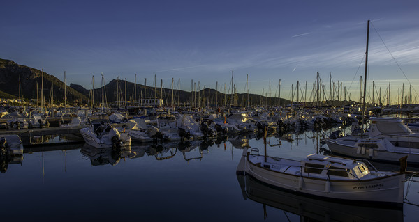 Boats at sunrise Canvas print by Perry Johnson