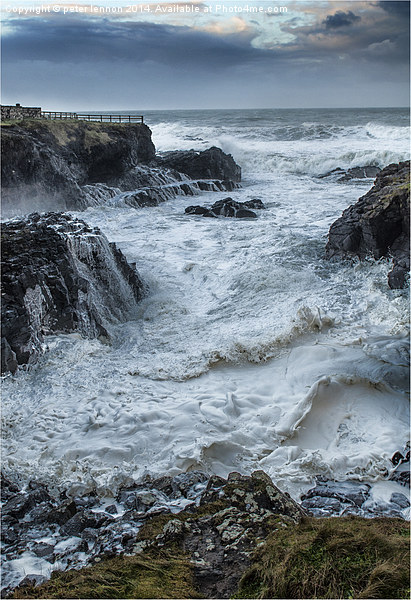 THE STORM Canvas print by peter lennon