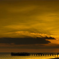 Buy canvas prints of  Brighton Sunset by Ray Nelson