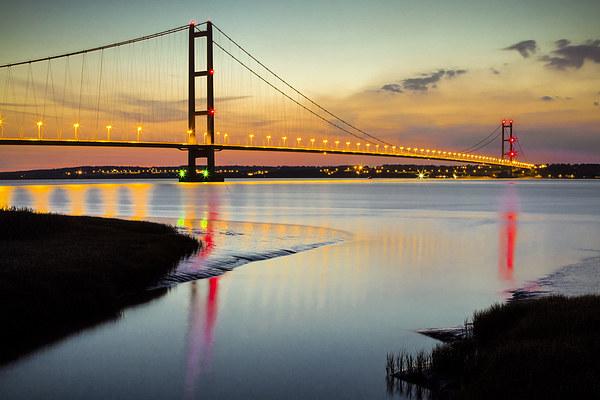 Humber Bridge Sunset Canvas print by Dave