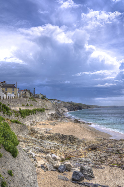 Storm approaching Porthleven Canvas print by Malcolm McHugh
