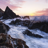 Buy canvas prints of Seascape by Lee Thorne