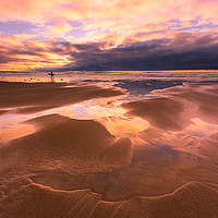 Buy canvas prints of Heading Home by Lee Thorne