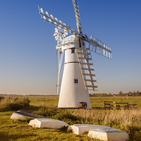 Buy canvas prints of Thurne Drainage Mill by Martin Parratt