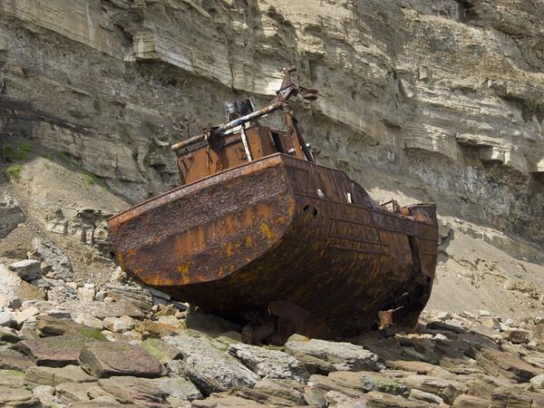 Shipwreck Framed Print by Steev Stamford