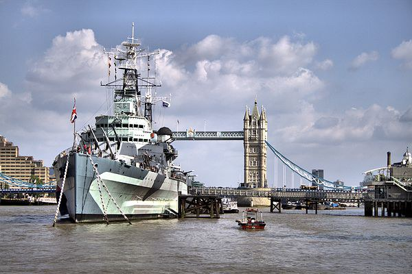 HMS Belfast Canvas Print by Paul Austen