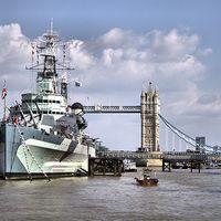 Buy canvas prints of HMS Belfast by Paul Austen