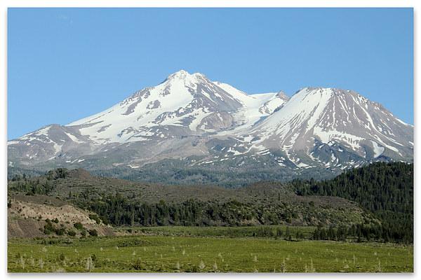 Mount Shasta Canvas print by Tawnya Apuan