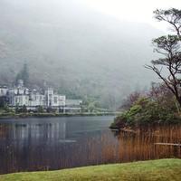 Buy canvas prints of Kylemore Castle by Andy Czyzewski