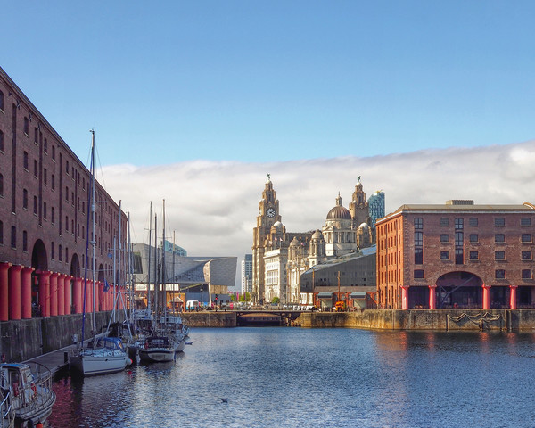 Liverpool Canvas print by Victor Burnside