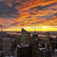 Buy canvas prints of New York Sunset II by Robert Strachan