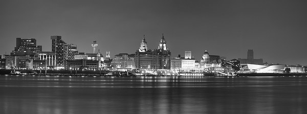 Liverpool Waterfront Panorama Canvas print by Garry Smith