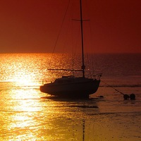 Buy canvas prints of Evening Sunset at Herne Bay by Graham Beerling