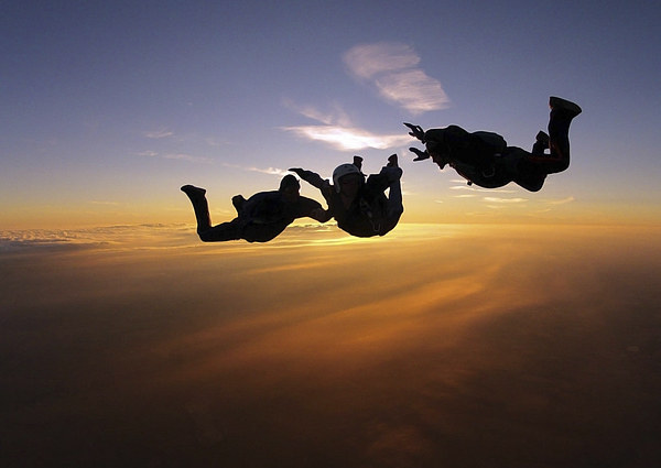 Sunset AFF skydiving photo Canvas print by Ewan Cowie