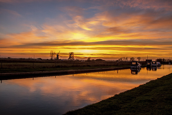 Sunset Thurne Dyke Norfolk Broads Canvas Print by James Taylor