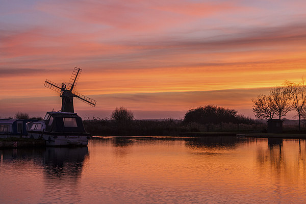 Thurne Windmill Sunset River Thurne Canvas print by James Taylor