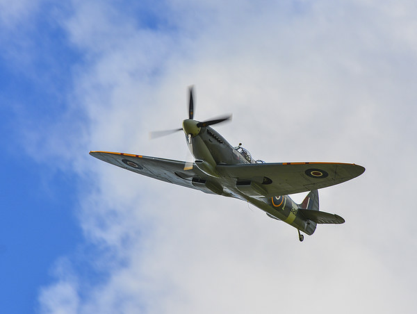 spitfire Canvas Print by nick wastie