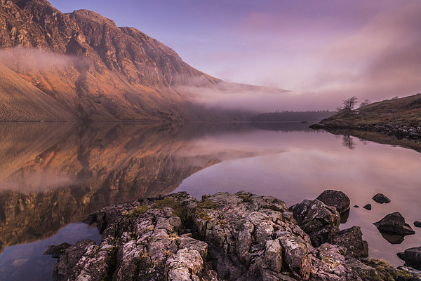 Wasdale Canvas print by Simon Saunders