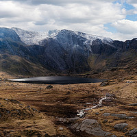 Buy canvas prints of Cwm Idwal Light by Mike Higginson