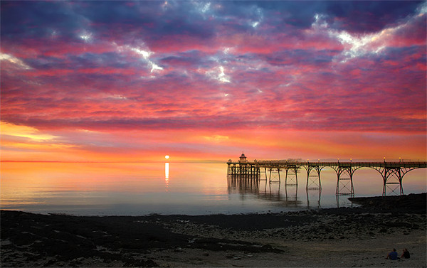 Clevedon Pier Sunset Canvas print by Mike Gorton